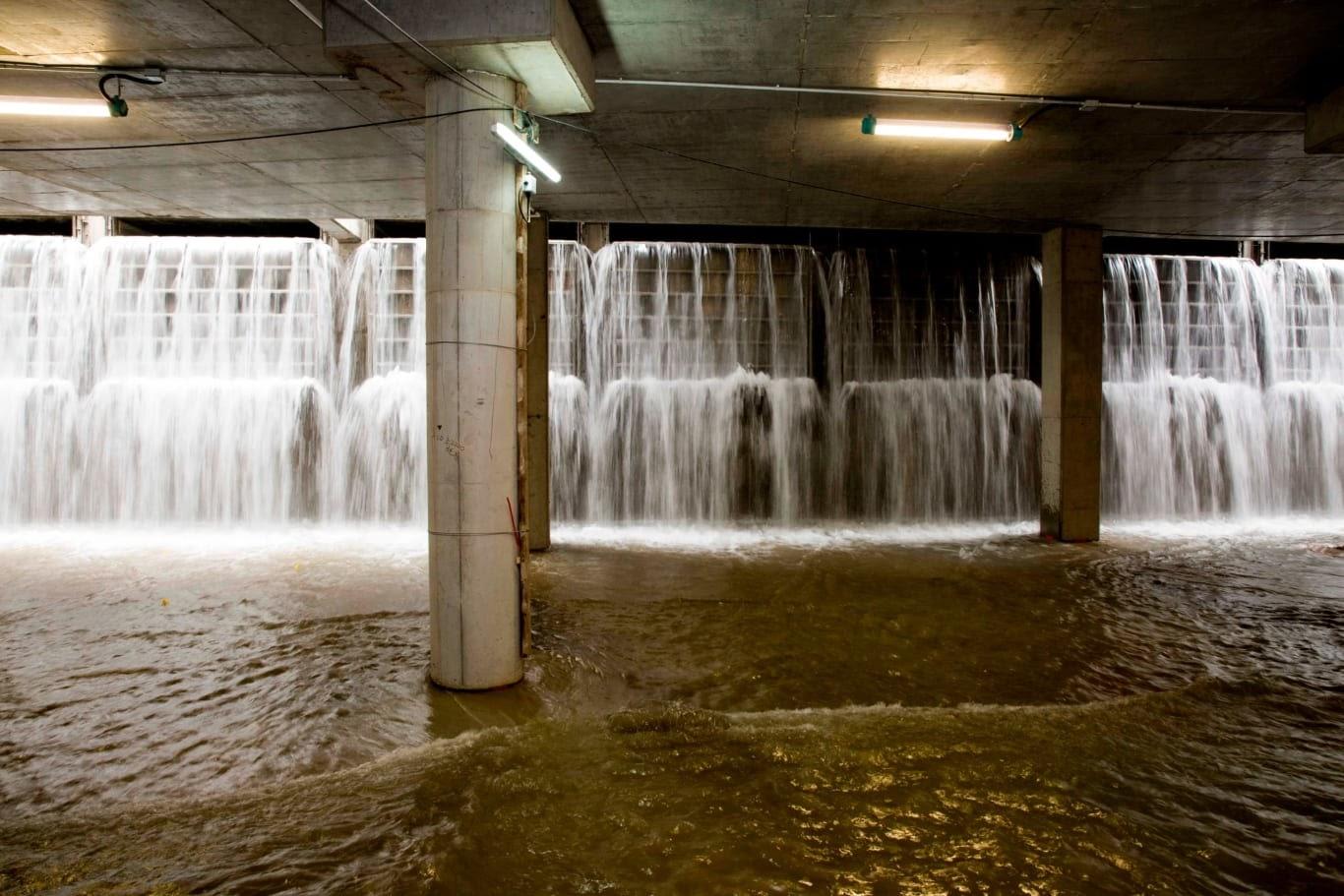 hong kong rain tunnels