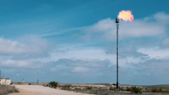 Ecuador Court Orders End to Gas Flaring By Oil Industry in Amazon