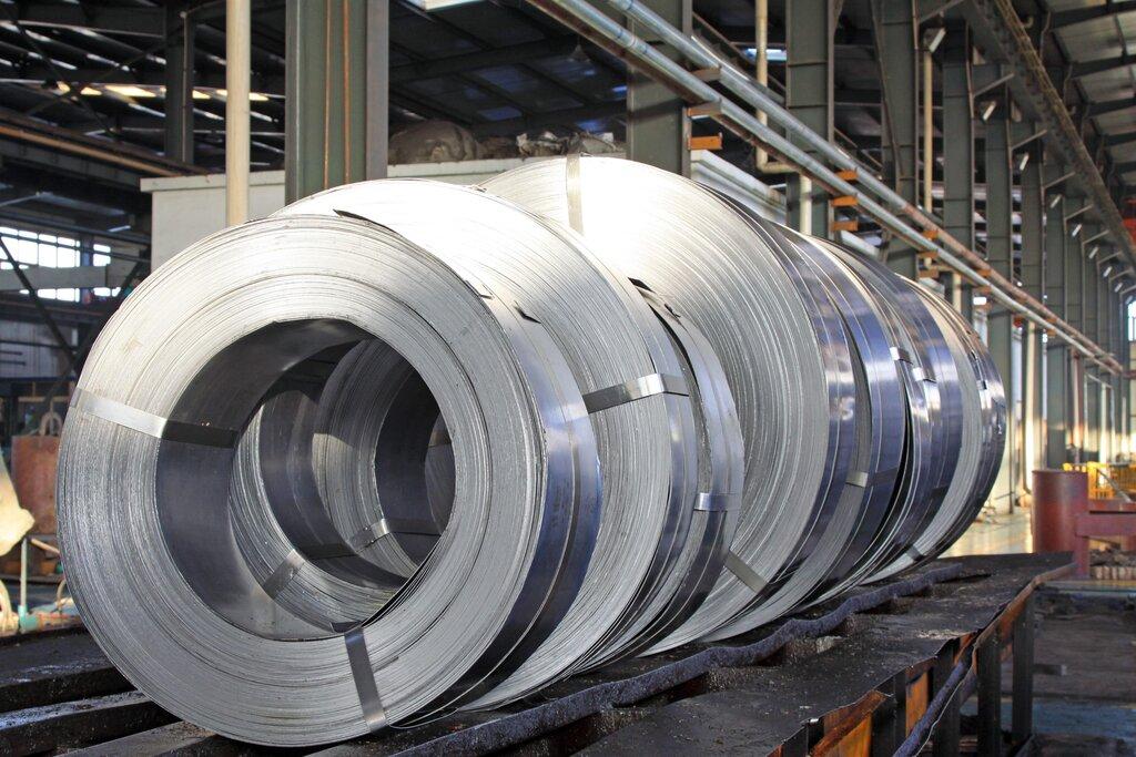 green steel, steel rolls
