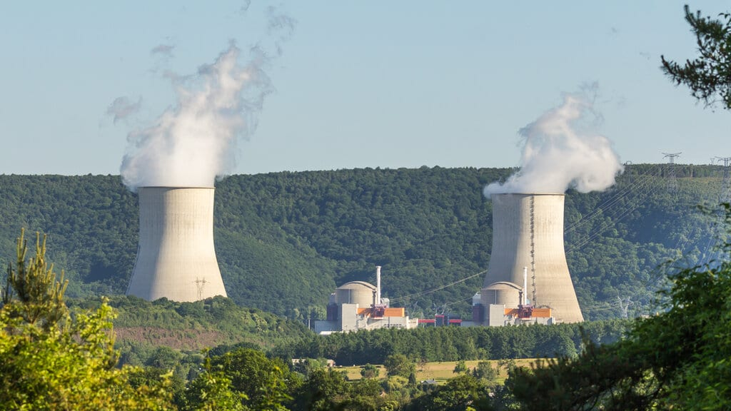 10 EU Countries Including France Wants to Label Nuclear Power as Green Energy